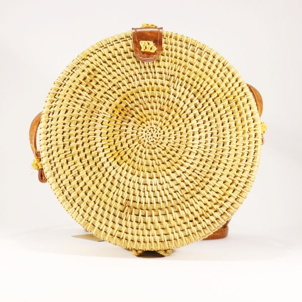 Round rattan bag w/ leather closure_5