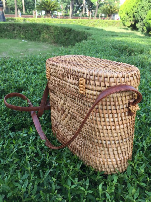 rectangle crossbody rattan bag 5