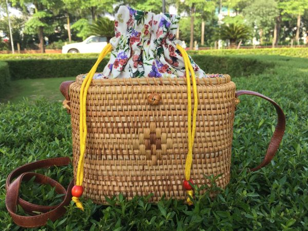 rectangle crossbody rattan bag 6