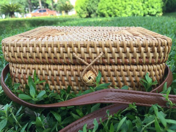 Rectangle Crossbody Rattan Bag S1 (3)