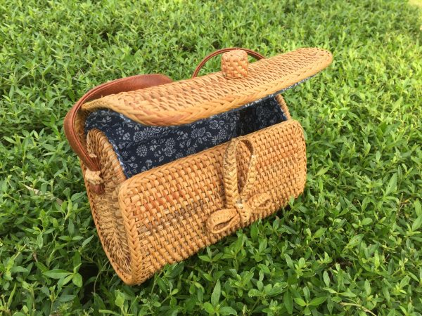 Rectangle rattan purse (1)