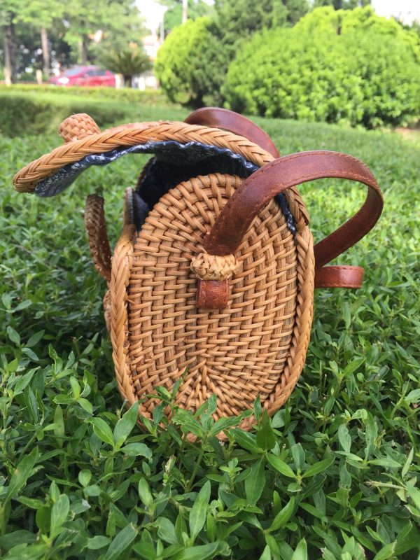 Rectangle rattan purse (2)